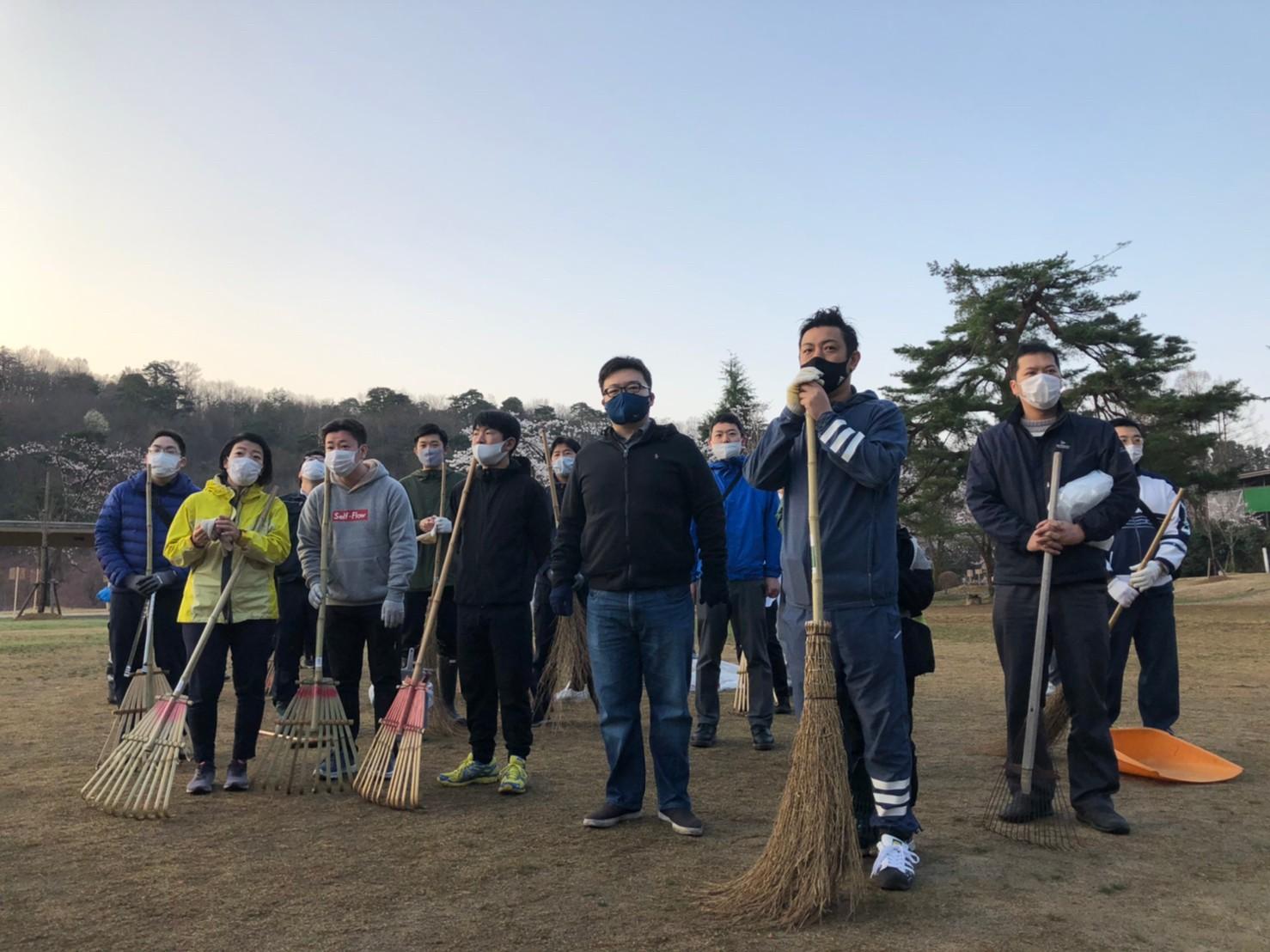 悠久山公園早朝大清掃に参加しました!